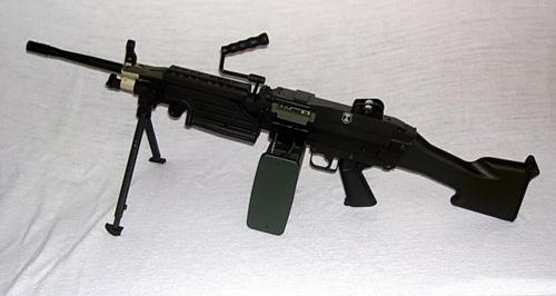 绝地求生刺激战场现版本最强全自动枪械Top5